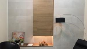 revestimiento madera chimenea